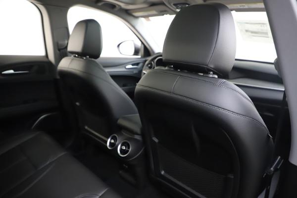 New 2019 Alfa Romeo Stelvio Ti Q4 for sale $44,590 at Pagani of Greenwich in Greenwich CT 06830 28