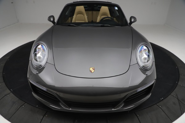 Used 2017 Porsche 911 Targa 4S for sale $119,900 at Pagani of Greenwich in Greenwich CT 06830 19
