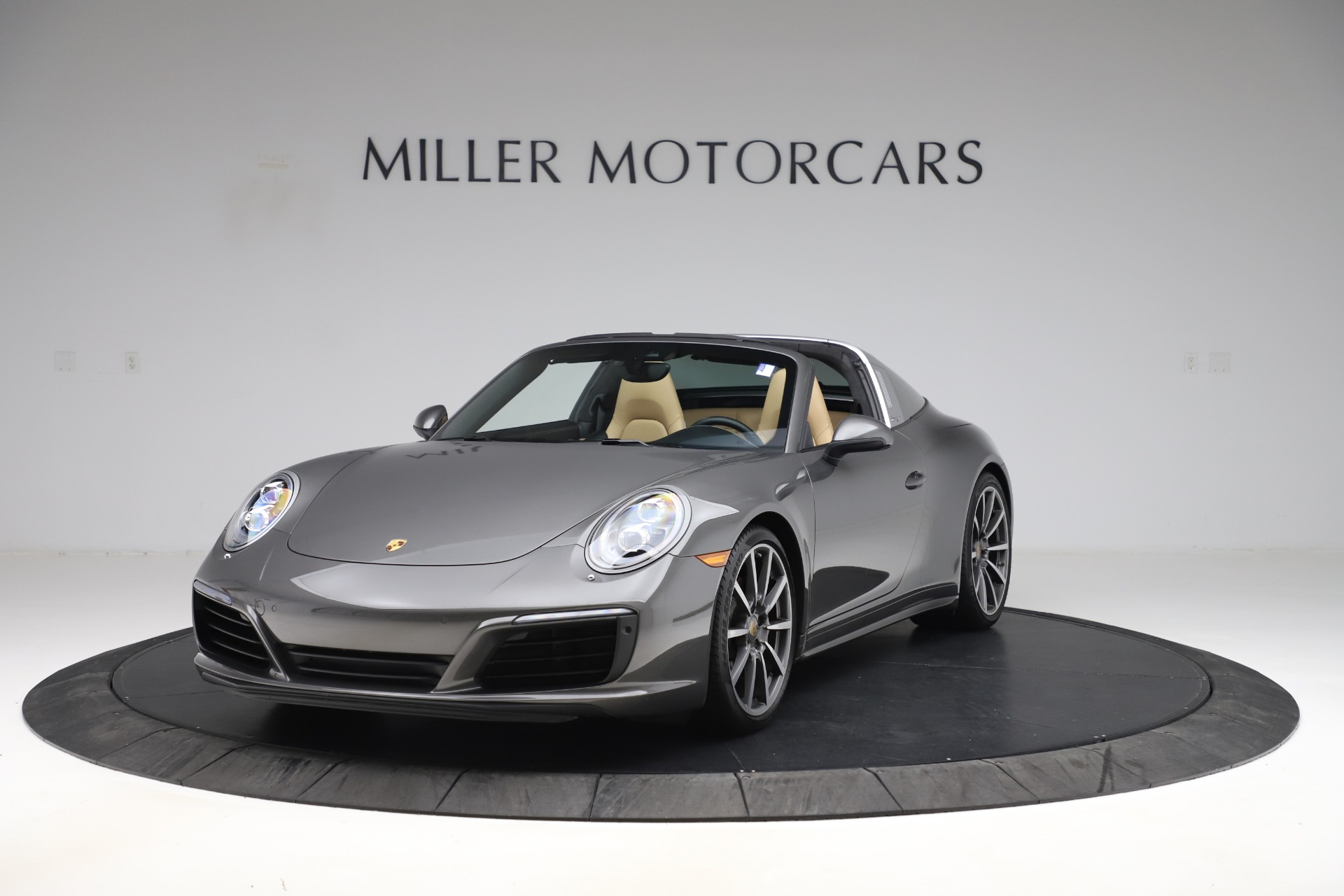 Used 2017 Porsche 911 Targa 4S for sale $119,900 at Pagani of Greenwich in Greenwich CT 06830 1