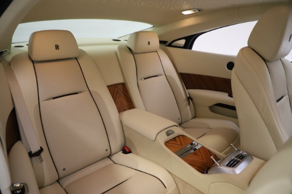 Used 2015 Rolls-Royce Wraith for sale $163,900 at Pagani of Greenwich in Greenwich CT 06830 14