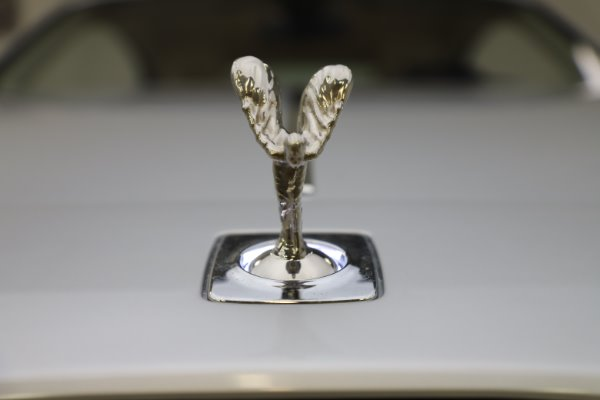 Used 2015 Rolls-Royce Wraith for sale $163,900 at Pagani of Greenwich in Greenwich CT 06830 27