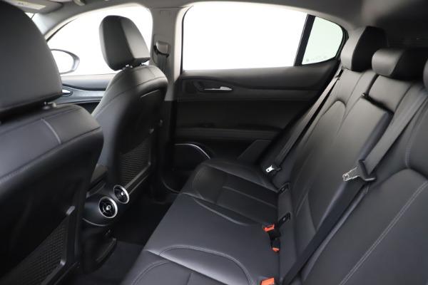 New 2020 Alfa Romeo Stelvio Q4 for sale $47,645 at Pagani of Greenwich in Greenwich CT 06830 19
