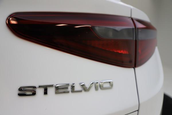 New 2020 Alfa Romeo Stelvio Q4 for sale $47,645 at Pagani of Greenwich in Greenwich CT 06830 22