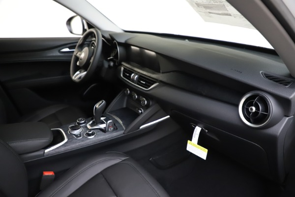 New 2020 Alfa Romeo Stelvio Q4 for sale $47,645 at Pagani of Greenwich in Greenwich CT 06830 23