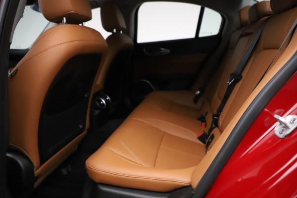 Used 2020 Alfa Romeo Giulia Q4 for sale $34,900 at Pagani of Greenwich in Greenwich CT 06830 16