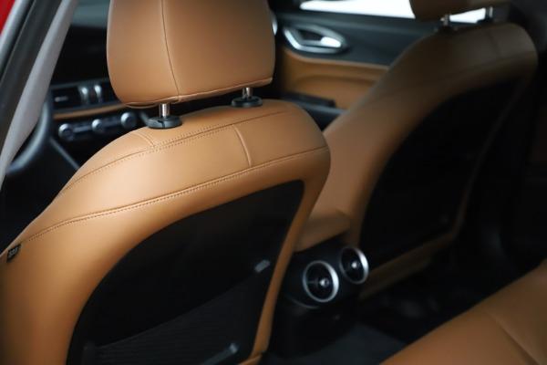 Used 2020 Alfa Romeo Giulia Q4 for sale $34,900 at Pagani of Greenwich in Greenwich CT 06830 18