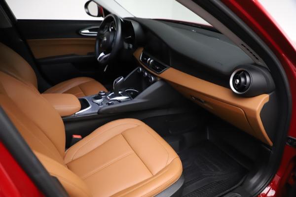 Used 2020 Alfa Romeo Giulia Q4 for sale $34,900 at Pagani of Greenwich in Greenwich CT 06830 20