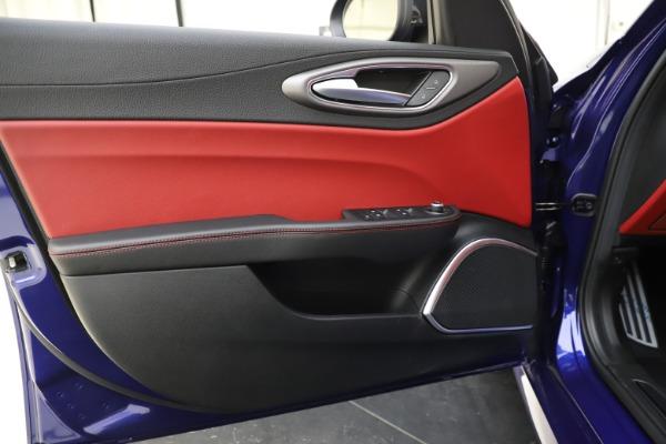 New 2020 Alfa Romeo Giulia Ti Sport Q4 for sale $50,445 at Pagani of Greenwich in Greenwich CT 06830 16