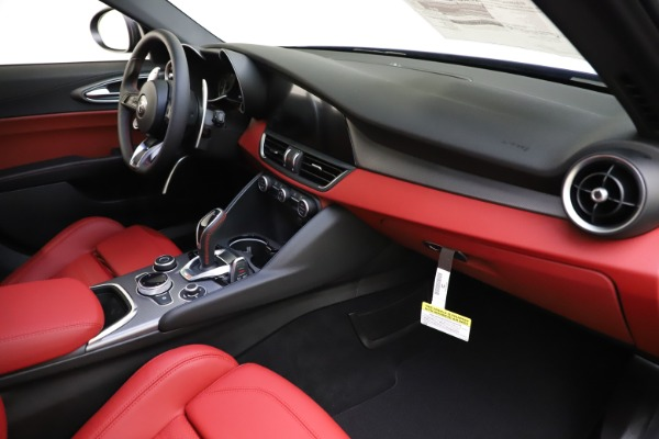 New 2020 Alfa Romeo Giulia Ti Sport Q4 for sale $50,445 at Pagani of Greenwich in Greenwich CT 06830 21