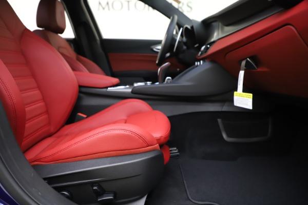 New 2020 Alfa Romeo Giulia Ti Sport Q4 for sale $50,445 at Pagani of Greenwich in Greenwich CT 06830 22