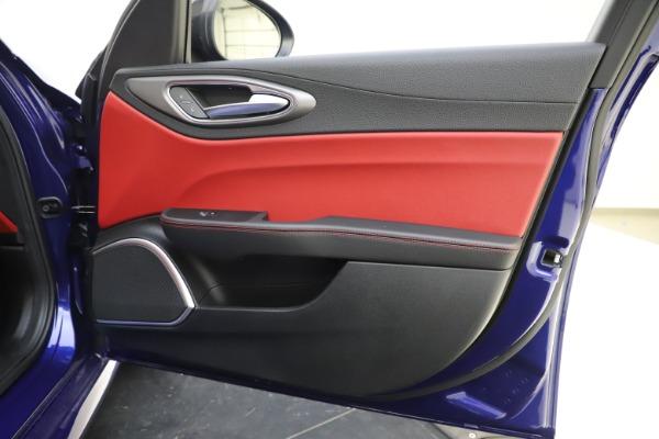 New 2020 Alfa Romeo Giulia Ti Sport Q4 for sale $50,445 at Pagani of Greenwich in Greenwich CT 06830 24