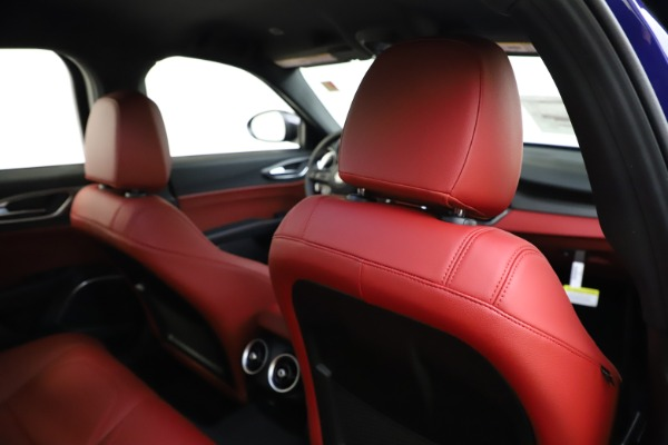 New 2020 Alfa Romeo Giulia Ti Sport Q4 for sale $50,445 at Pagani of Greenwich in Greenwich CT 06830 27