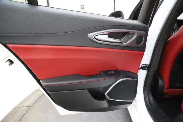 New 2020 Alfa Romeo Giulia Ti Sport Q4 for sale $51,995 at Pagani of Greenwich in Greenwich CT 06830 22