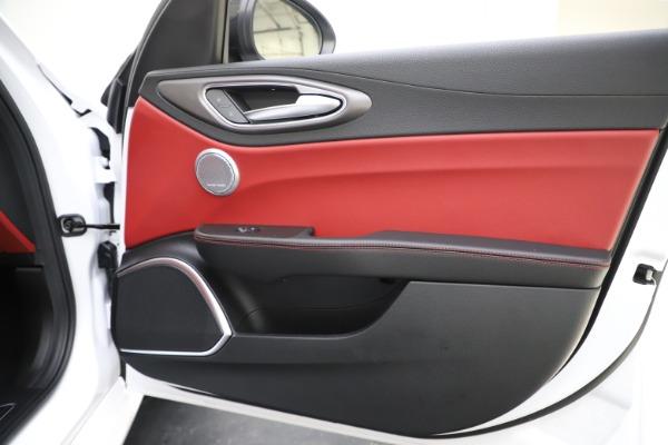 New 2020 Alfa Romeo Giulia Ti Sport Q4 for sale $51,995 at Pagani of Greenwich in Greenwich CT 06830 26