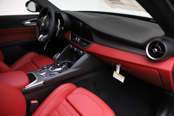 New 2020 Alfa Romeo Giulia Ti Sport Q4 for sale $52,595 at Pagani of Greenwich in Greenwich CT 06830 22