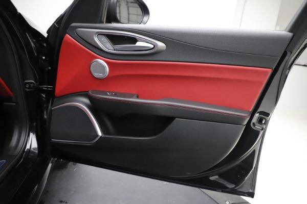 New 2020 Alfa Romeo Giulia Ti Sport Q4 for sale $52,595 at Pagani of Greenwich in Greenwich CT 06830 25