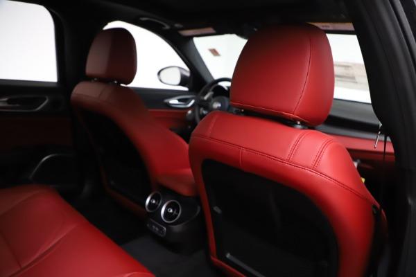 New 2020 Alfa Romeo Giulia Ti Sport Q4 for sale $52,595 at Pagani of Greenwich in Greenwich CT 06830 28