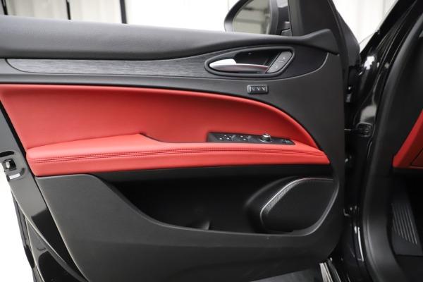 New 2020 Alfa Romeo Stelvio Sport Q4 for sale Sold at Pagani of Greenwich in Greenwich CT 06830 17