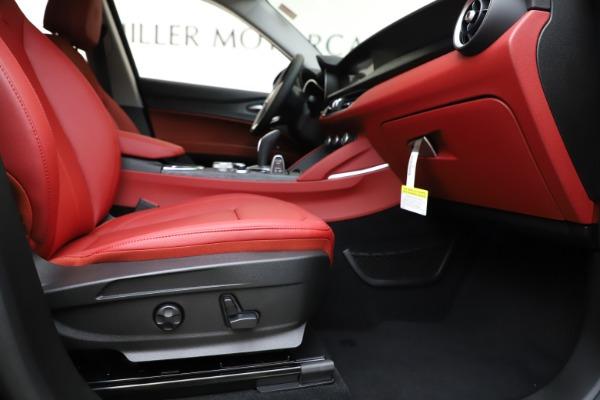New 2020 Alfa Romeo Stelvio Sport Q4 for sale Sold at Pagani of Greenwich in Greenwich CT 06830 23