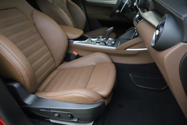 New 2020 Alfa Romeo Stelvio Ti Sport Q4 for sale $58,045 at Pagani of Greenwich in Greenwich CT 06830 24
