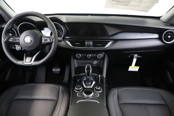 New 2020 Alfa Romeo Stelvio Sport Q4 for sale $51,095 at Pagani of Greenwich in Greenwich CT 06830 16
