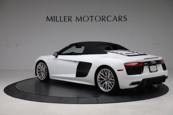 Used 2017 Audi R8 5.2 quattro V10 Spyder for sale $138,900 at Pagani of Greenwich in Greenwich CT 06830 15