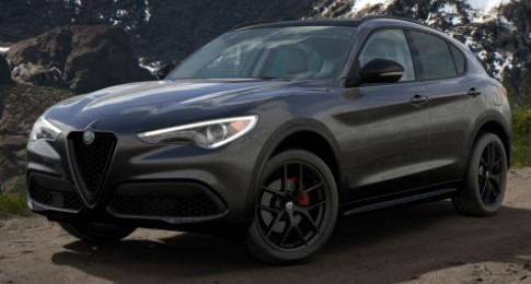 New 2020 Alfa Romeo Stelvio Sport Q4 for sale $50,790 at Pagani of Greenwich in Greenwich CT 06830 1