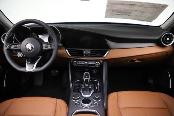 New 2020 Alfa Romeo Giulia Ti Q4 for sale $51,145 at Pagani of Greenwich in Greenwich CT 06830 16
