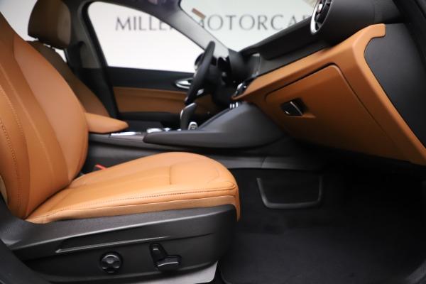 New 2020 Alfa Romeo Giulia Ti Q4 for sale $51,145 at Pagani of Greenwich in Greenwich CT 06830 23