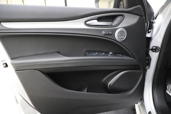 New 2020 Alfa Romeo Stelvio Ti Sport Q4 for sale $55,345 at Pagani of Greenwich in Greenwich CT 06830 17