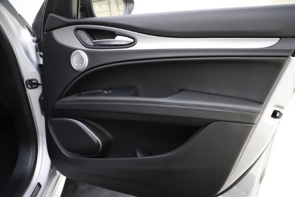 New 2020 Alfa Romeo Stelvio Ti Sport Q4 for sale $55,345 at Pagani of Greenwich in Greenwich CT 06830 25