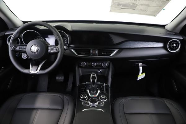New 2020 Alfa Romeo Stelvio Sport Q4 for sale $49,695 at Pagani of Greenwich in Greenwich CT 06830 16