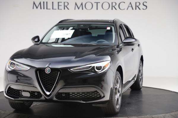 New 2020 Alfa Romeo Stelvio Sport Q4 for sale $49,695 at Pagani of Greenwich in Greenwich CT 06830 1