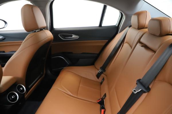 New 2020 Alfa Romeo Giulia Q4 for sale $46,395 at Pagani of Greenwich in Greenwich CT 06830 19