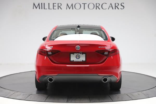 New 2020 Alfa Romeo Giulia Q4 for sale $46,395 at Pagani of Greenwich in Greenwich CT 06830 6