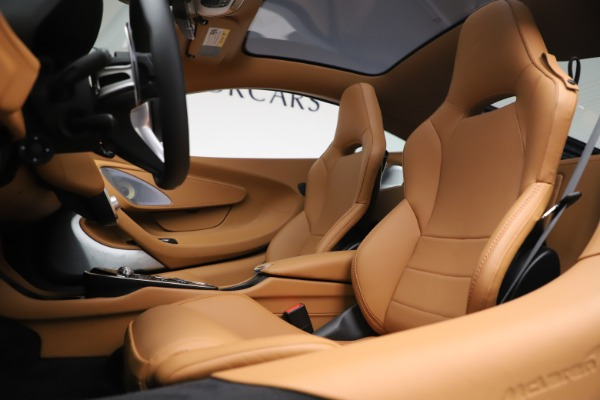 New 2020 McLaren GT Luxe for sale $236,675 at Pagani of Greenwich in Greenwich CT 06830 16