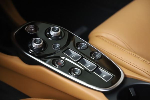 New 2020 McLaren GT Luxe for sale $236,675 at Pagani of Greenwich in Greenwich CT 06830 18