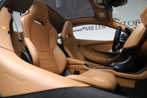 New 2020 McLaren GT Luxe for sale $236,675 at Pagani of Greenwich in Greenwich CT 06830 21