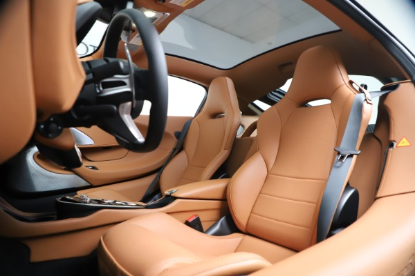New 2020 McLaren GT Coupe for sale $244,675 at Pagani of Greenwich in Greenwich CT 06830 17