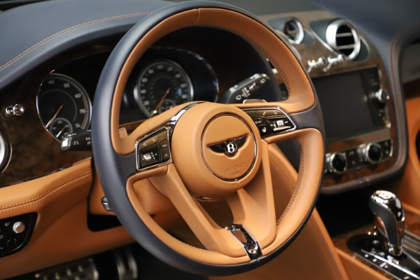 Used 2017 Bentley Bentayga W12 for sale Sold at Pagani of Greenwich in Greenwich CT 06830 17