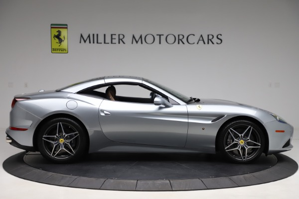 Used 2016 Ferrari California T for sale Sold at Pagani of Greenwich in Greenwich CT 06830 21