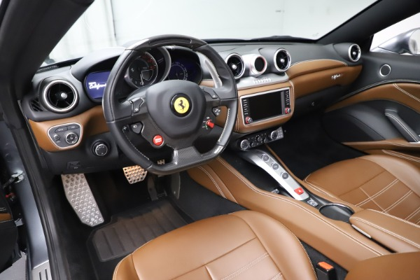Used 2016 Ferrari California T for sale $142,900 at Pagani of Greenwich in Greenwich CT 06830 25