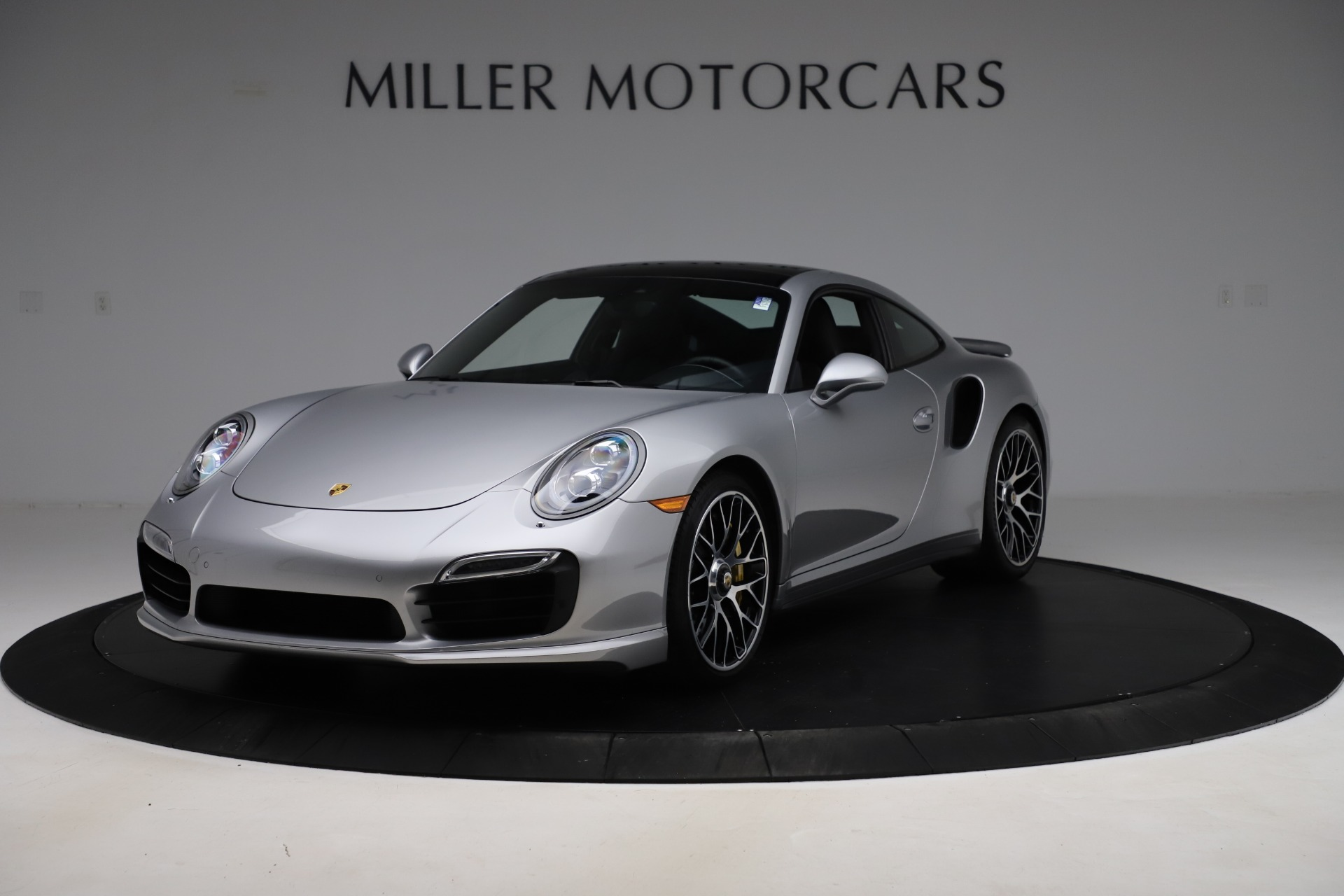 Used 2015 Porsche 911 Turbo S for sale $121,900 at Pagani of Greenwich in Greenwich CT 06830 1