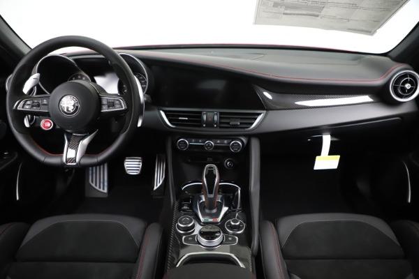 New 2020 Alfa Romeo Giulia Quadrifoglio for sale Sold at Pagani of Greenwich in Greenwich CT 06830 16