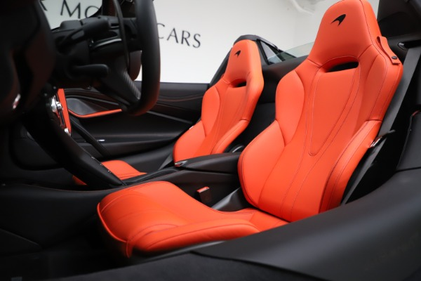 New 2020 McLaren 720S Spider Performance for sale Call for price at Pagani of Greenwich in Greenwich CT 06830 21