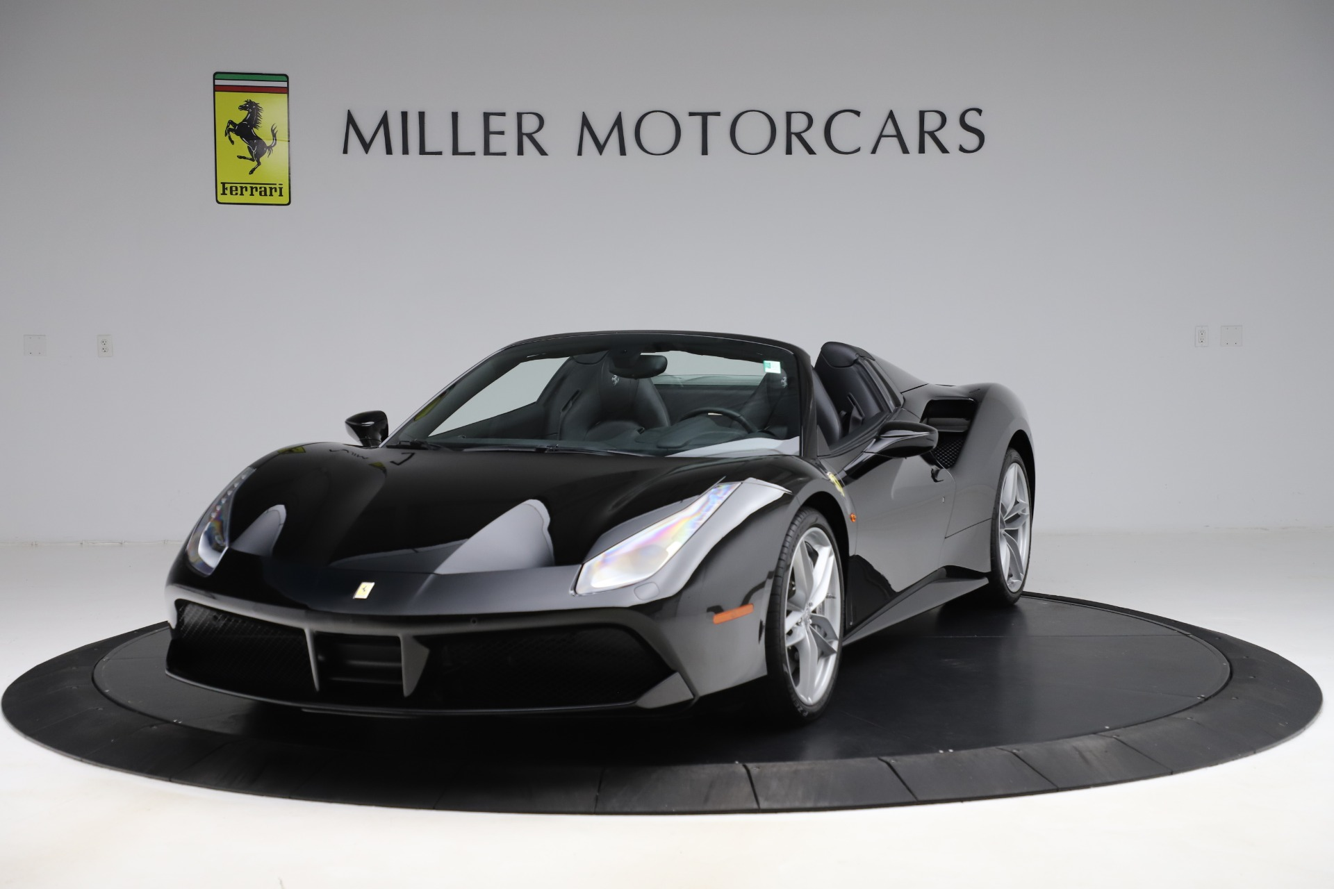 Used 2016 Ferrari 488 Spider for sale $242,900 at Pagani of Greenwich in Greenwich CT 06830 1