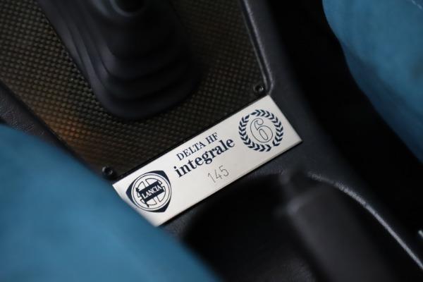 Used 1992 Lancia HF Integrale Evo 1 Martini 6 for sale $199,900 at Pagani of Greenwich in Greenwich CT 06830 21
