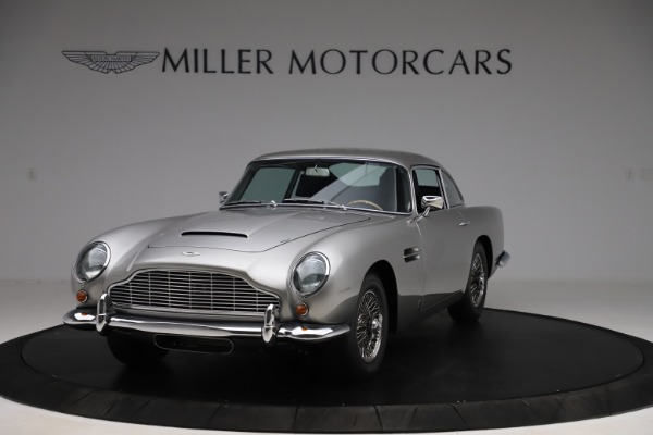 Used 1964 Aston Martin DB5 for sale Sold at Pagani of Greenwich in Greenwich CT 06830 2