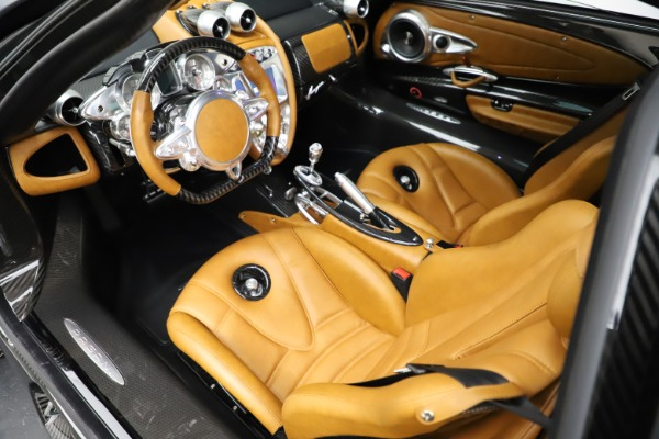 Used 2014 Pagani Huayra Tempesta for sale $2,195,000 at Pagani of Greenwich in Greenwich CT 06830 13