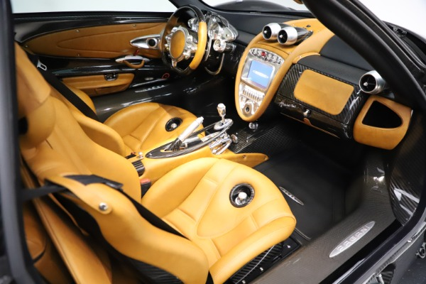 Used 2014 Pagani Huayra Tempesta for sale $2,195,000 at Pagani of Greenwich in Greenwich CT 06830 19